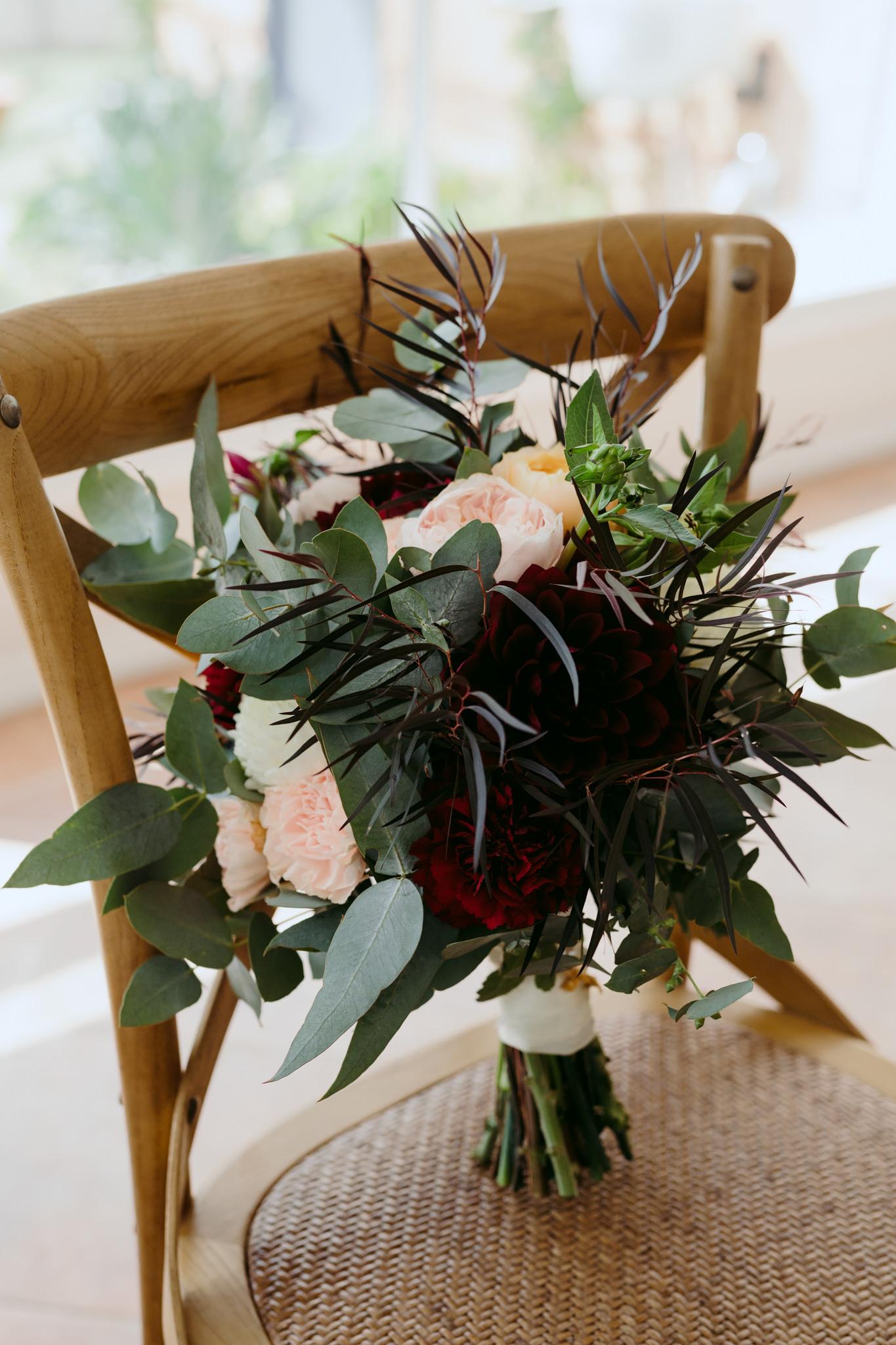 Erin Latimore Mudgee Canberra Wedding Photographer ROSEBANK GUESTHOUSE OLD THEATRE TONIC MILLTHORPE_024.JPG