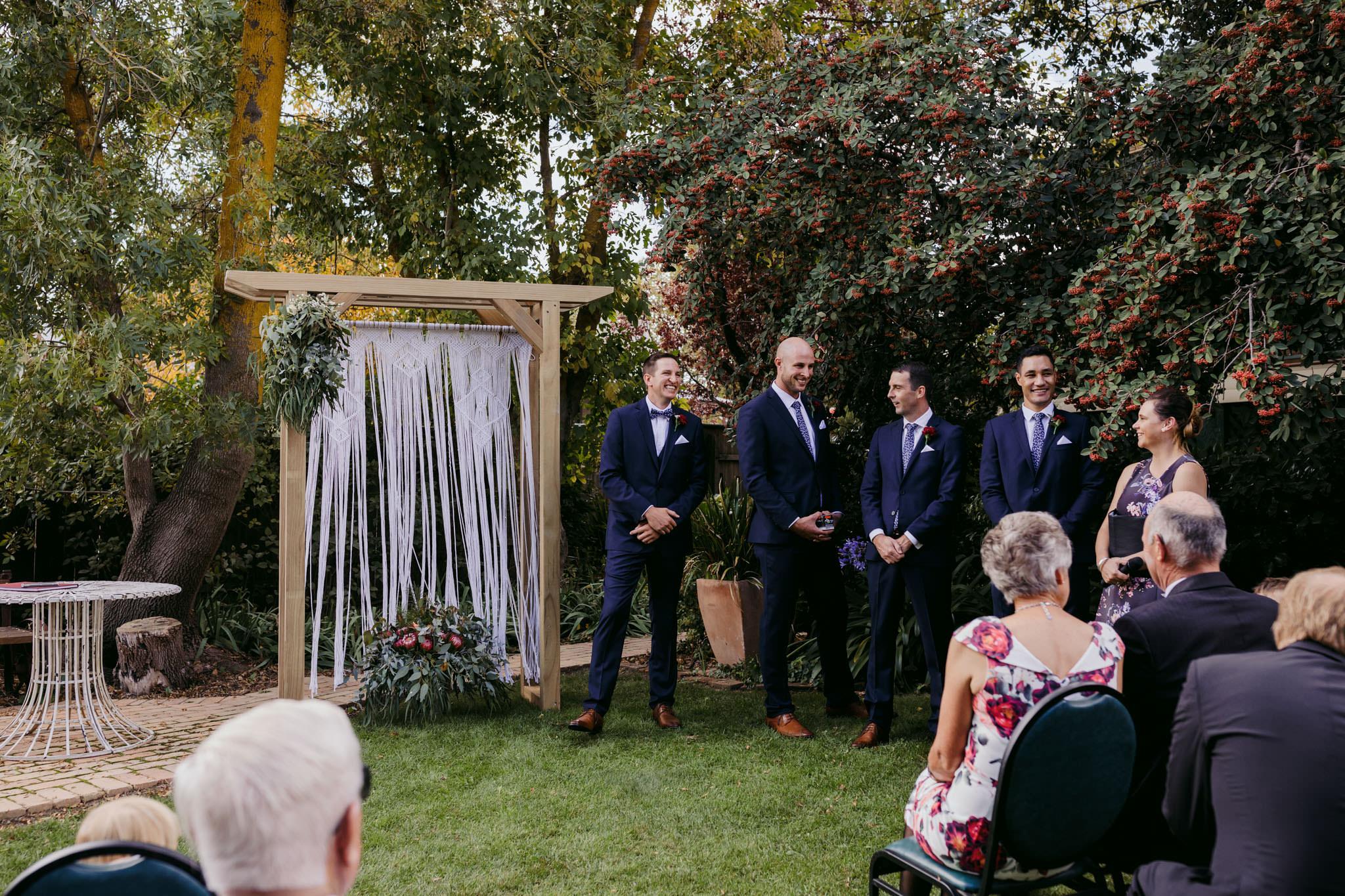 Erin Latimore Mudgee Canberra Wedding Photographer ROSEBANK GUESTHOUSE OLD THEATRE TONIC MILLTHORPE_142.JPG