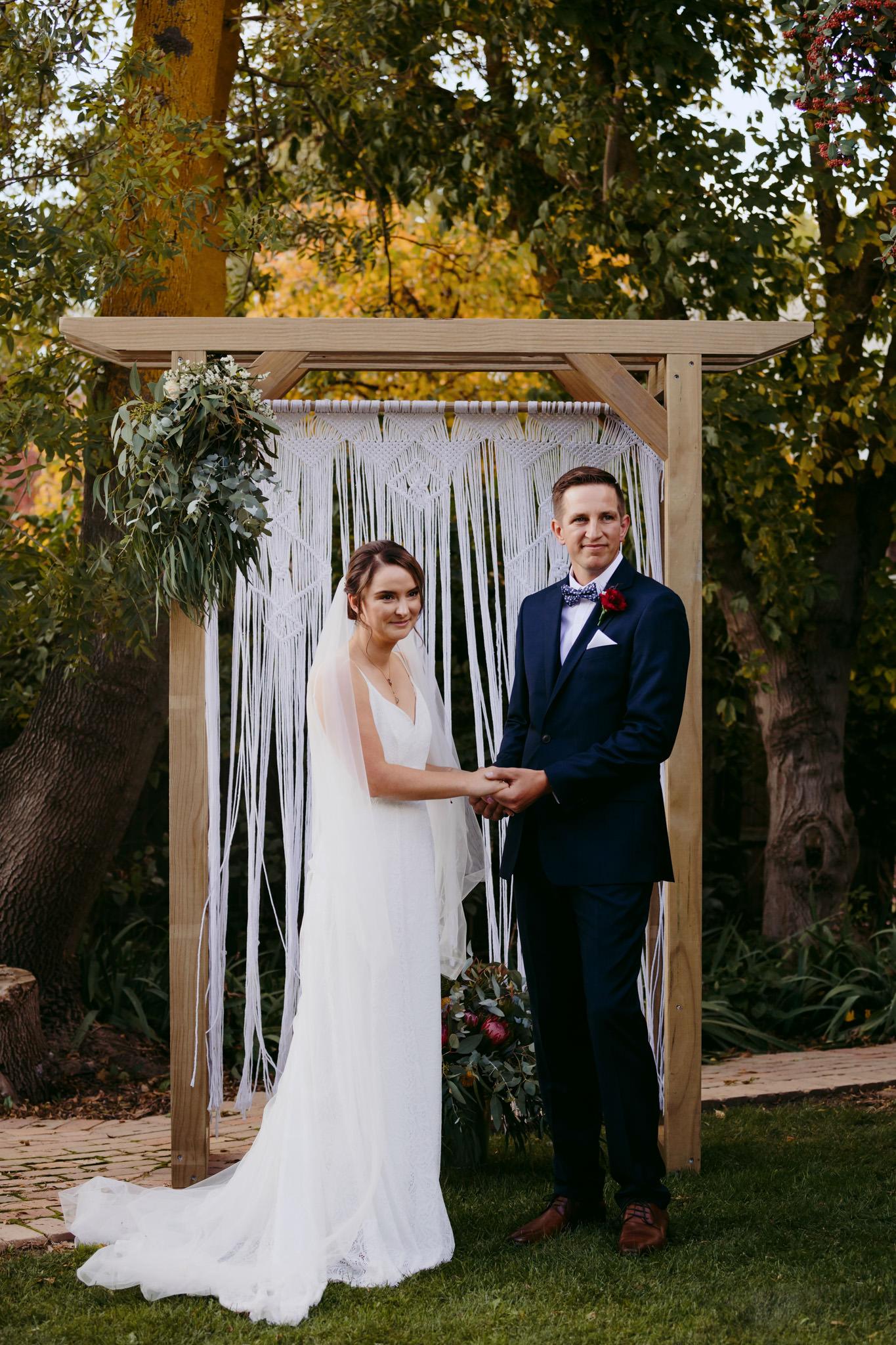 Erin Latimore Mudgee Canberra Wedding Photographer ROSEBANK GUESTHOUSE OLD THEATRE TONIC MILLTHORPE_217.JPG