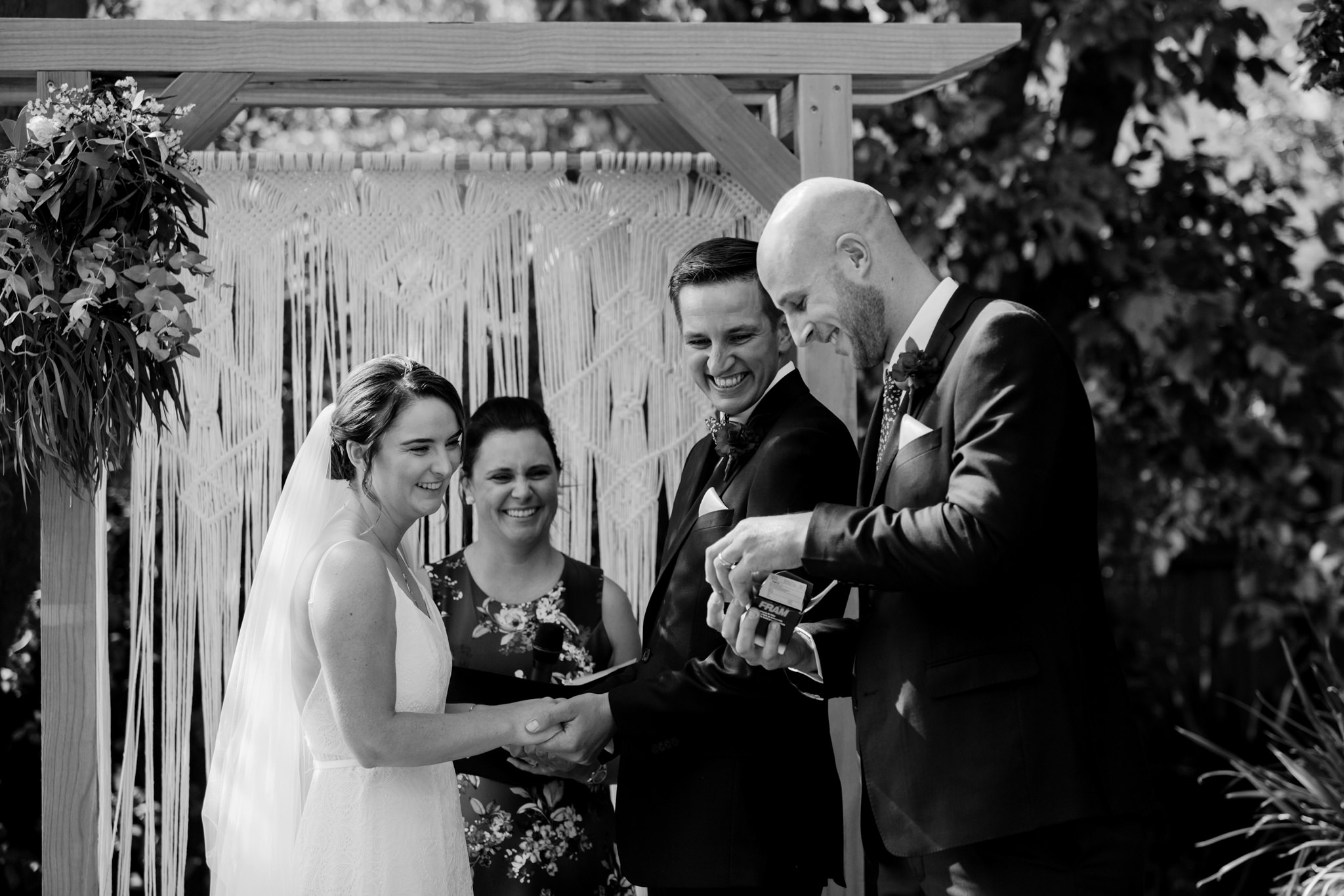 Erin Latimore Mudgee Canberra Wedding Photographer ROSEBANK GUESTHOUSE OLD THEATRE TONIC MILLTHORPE_253.JPG
