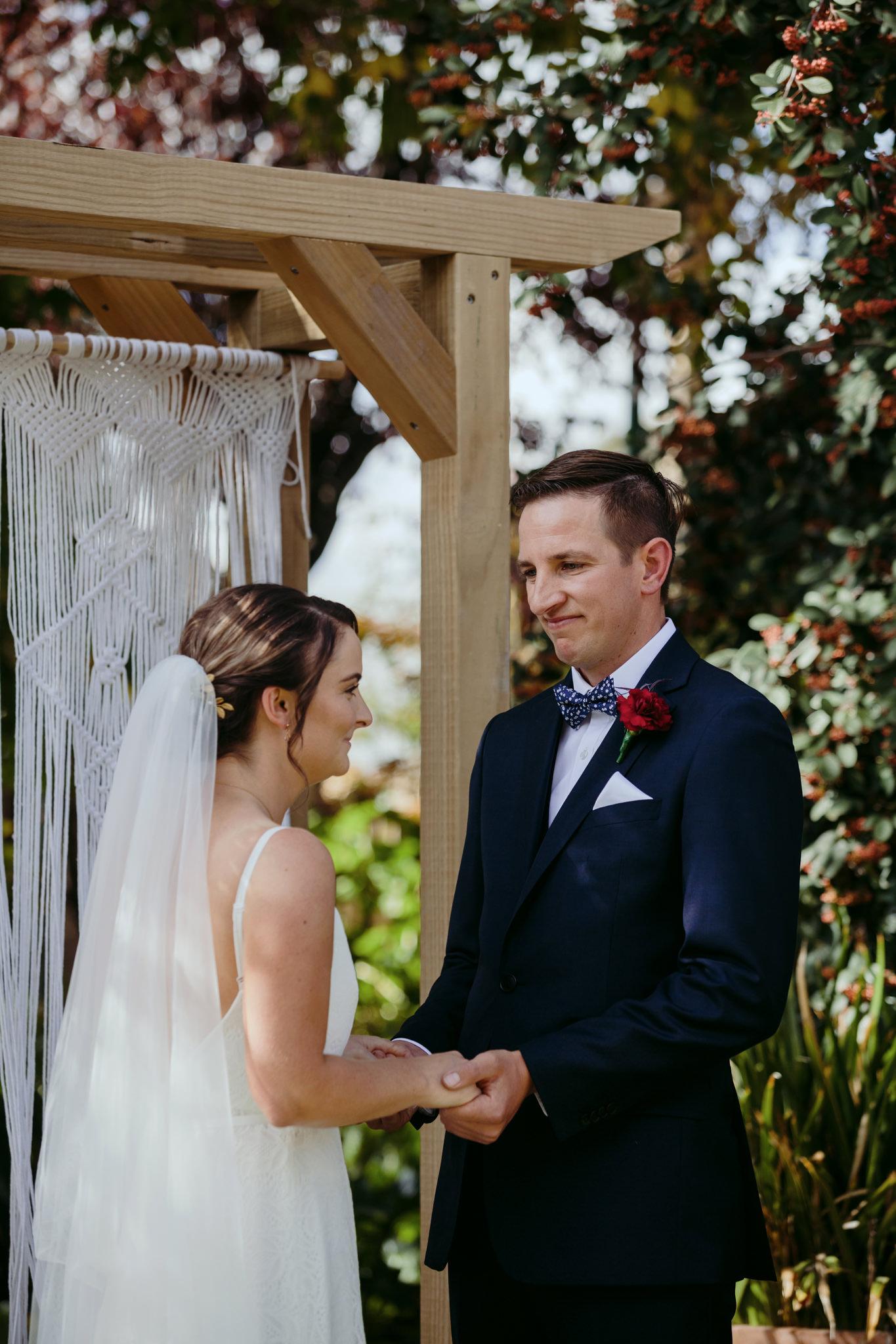 Erin Latimore Mudgee Canberra Wedding Photographer ROSEBANK GUESTHOUSE OLD THEATRE TONIC MILLTHORPE_244.JPG