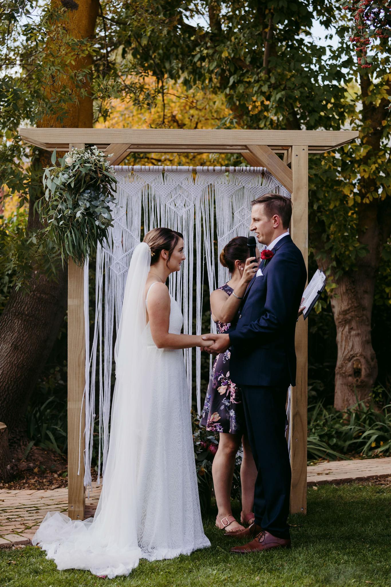 Erin Latimore Mudgee Canberra Wedding Photographer ROSEBANK GUESTHOUSE OLD THEATRE TONIC MILLTHORPE_247.JPG