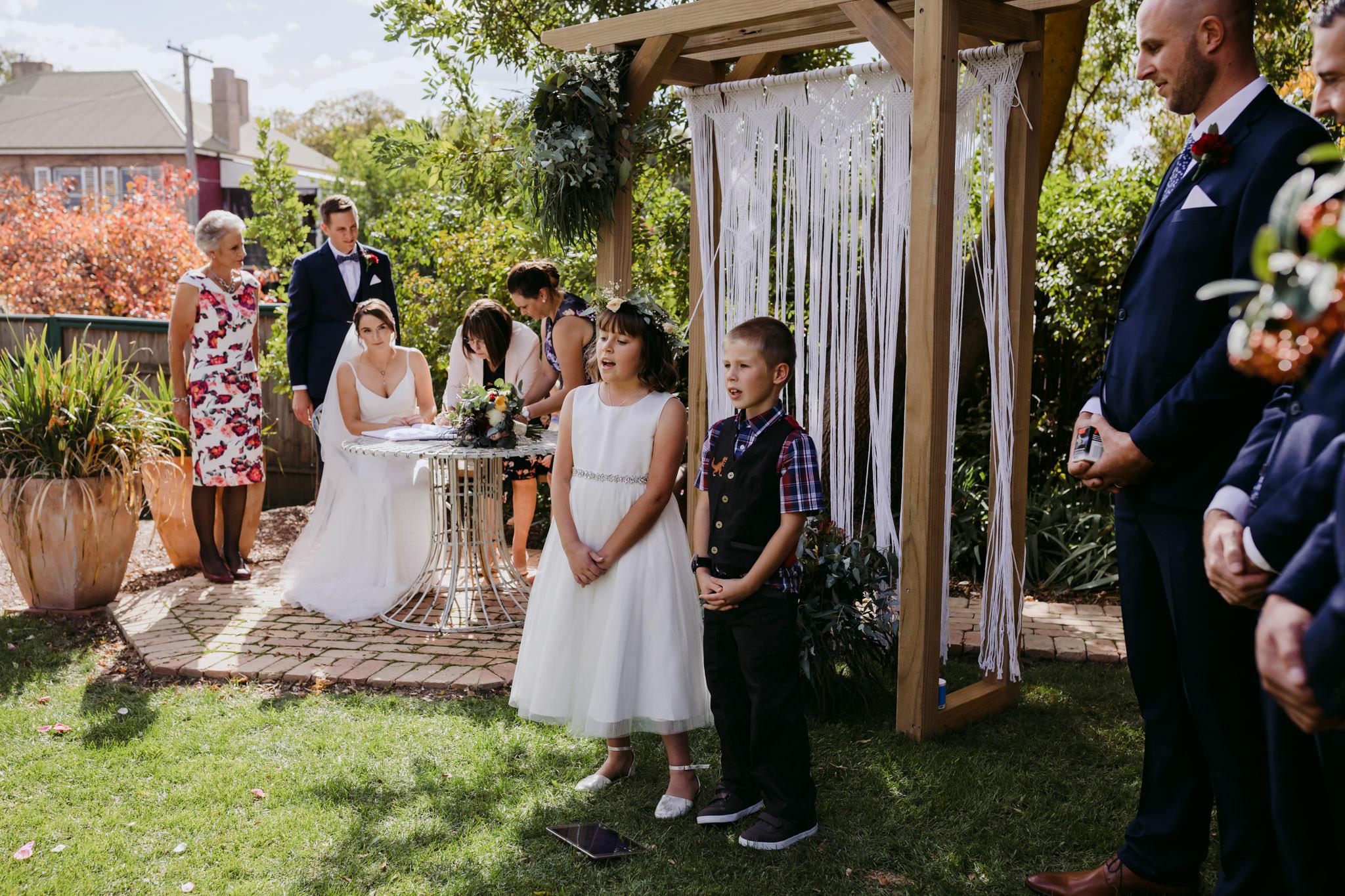 Erin Latimore Mudgee Canberra Wedding Photographer ROSEBANK GUESTHOUSE OLD THEATRE TONIC MILLTHORPE_277.JPG