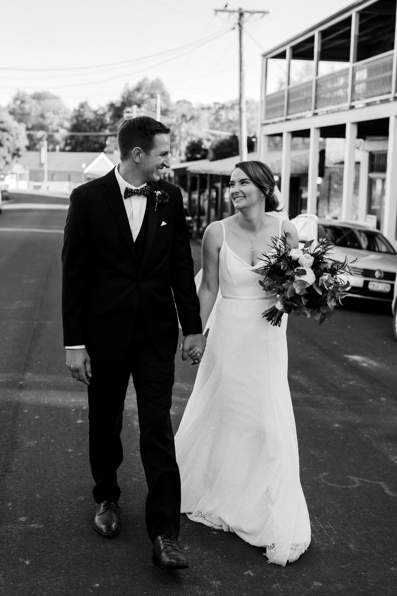 Erin Latimore Mudgee Canberra Wedding Photographer ROSEBANK GUESTHOUSE OLD THEATRE TONIC MILLTHORPE_568.JPG