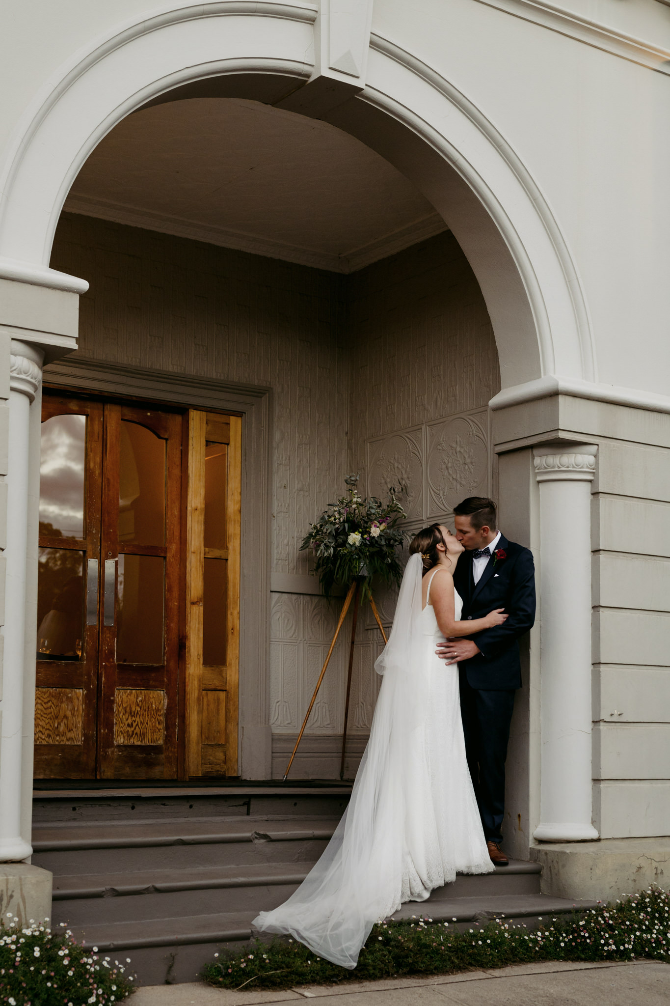 Erin Latimore Mudgee Canberra Wedding Photographer ROSEBANK GUESTHOUSE OLD THEATRE TONIC MILLTHORPE_704.JPG