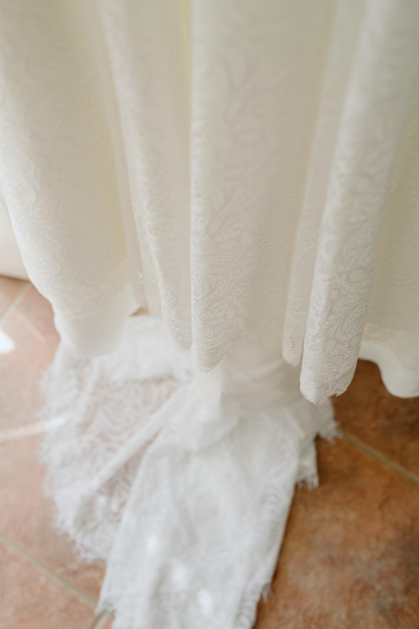 Erin Latimore Mudgee Canberra Wedding Photographer ROSEBANK GUESTHOUSE OLD THEATRE TONIC MILLTHORPE_004.JPG
