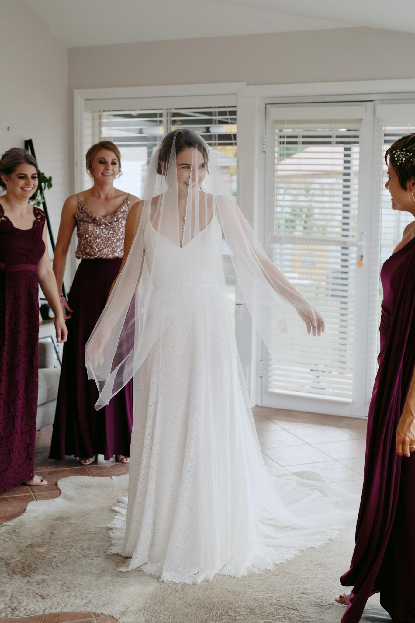 Erin Latimore Mudgee Canberra Wedding Photographer ROSEBANK GUESTHOUSE OLD THEATRE TONIC MILLTHORPE_097.JPG