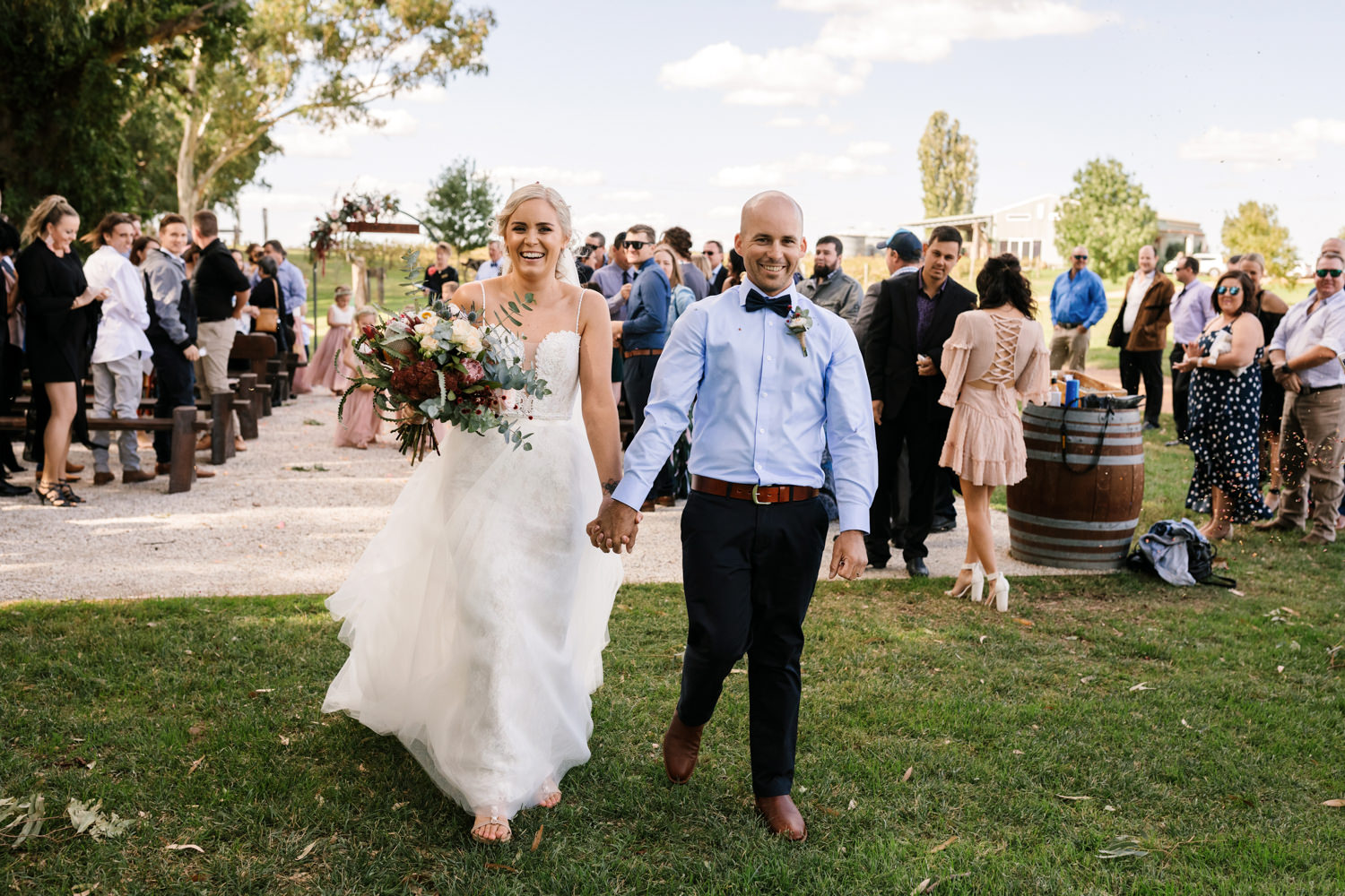 Erin_Latimore_Mudgee_Canberra_Wedding_Photographer_Lazy_River_Estate_Dubbo278.JPG