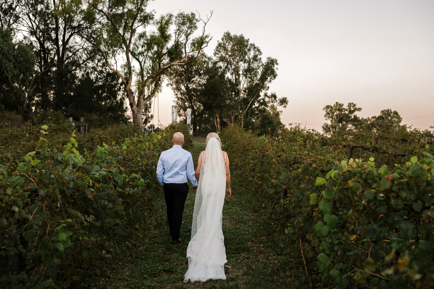 Erin_Latimore_Mudgee_Canberra_Wedding_Photographer_Lazy_River_Estate_Dubbo586.JPG