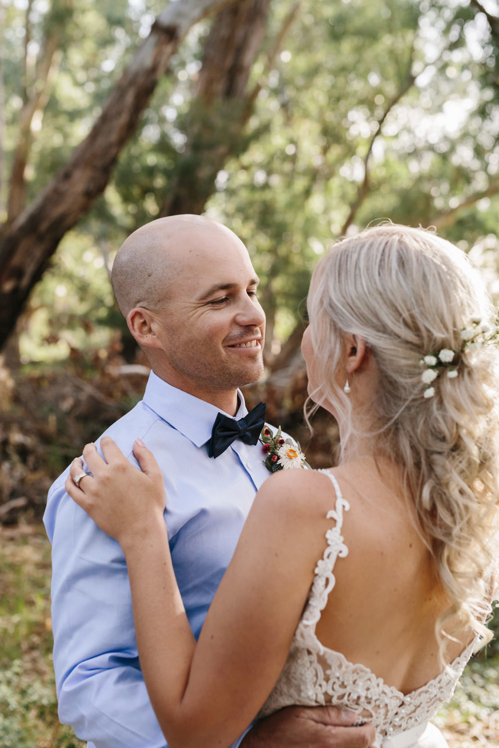 Erin_Latimore_Mudgee_Canberra_Wedding_Photographer_Lazy_River_Estate_Dubbo451.JPG