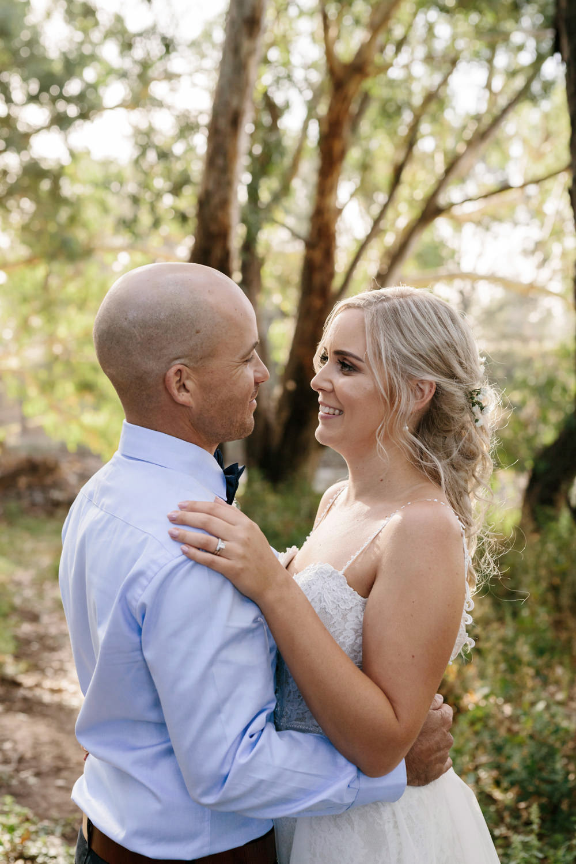 Erin_Latimore_Mudgee_Canberra_Wedding_Photographer_Lazy_River_Estate_Dubbo449.JPG