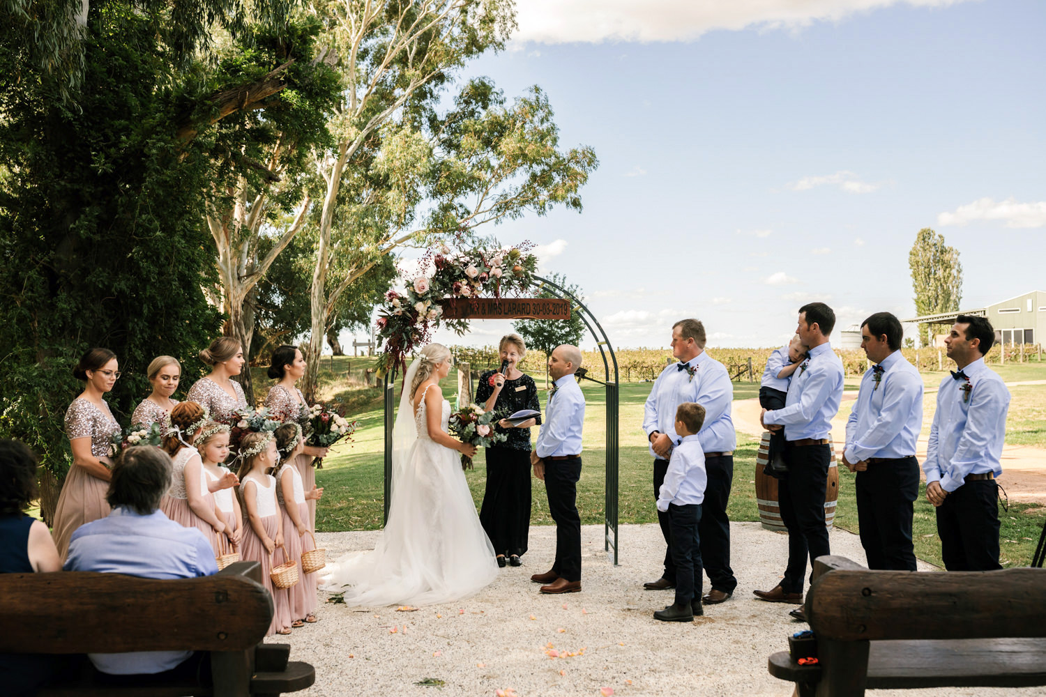 Erin_Latimore_Mudgee_Canberra_Wedding_Photographer_Lazy_River_Estate_Dubbo227.JPG