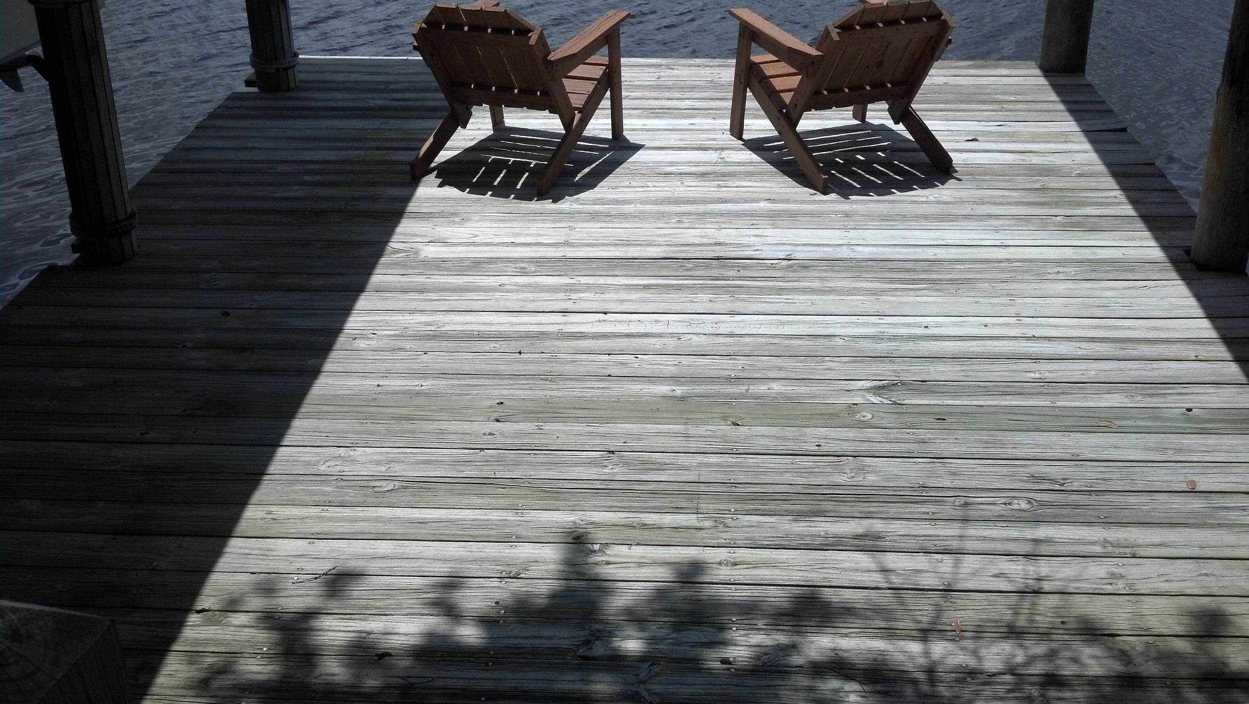 wood deck cleaning