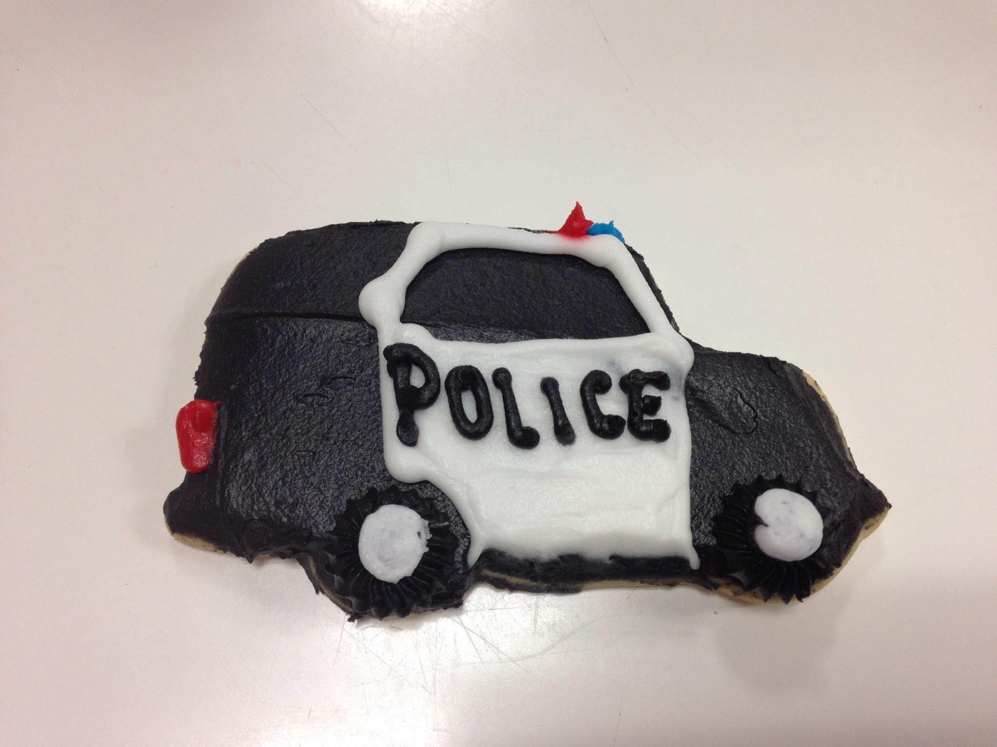 PoliceCarCookie.JPG