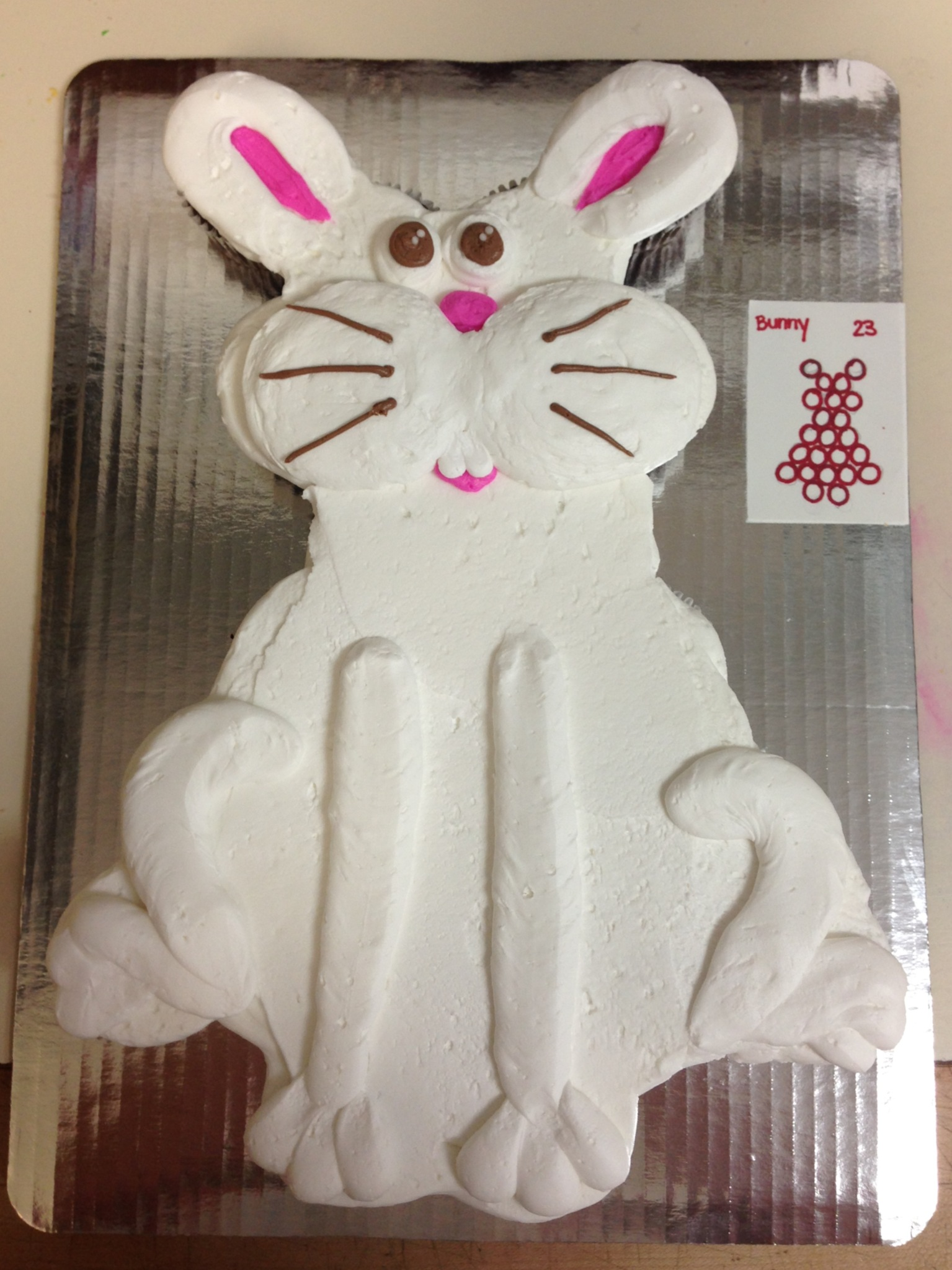 Bunny out of Cupcakes