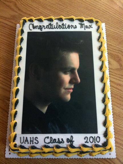 Senior Picture Grad Cake