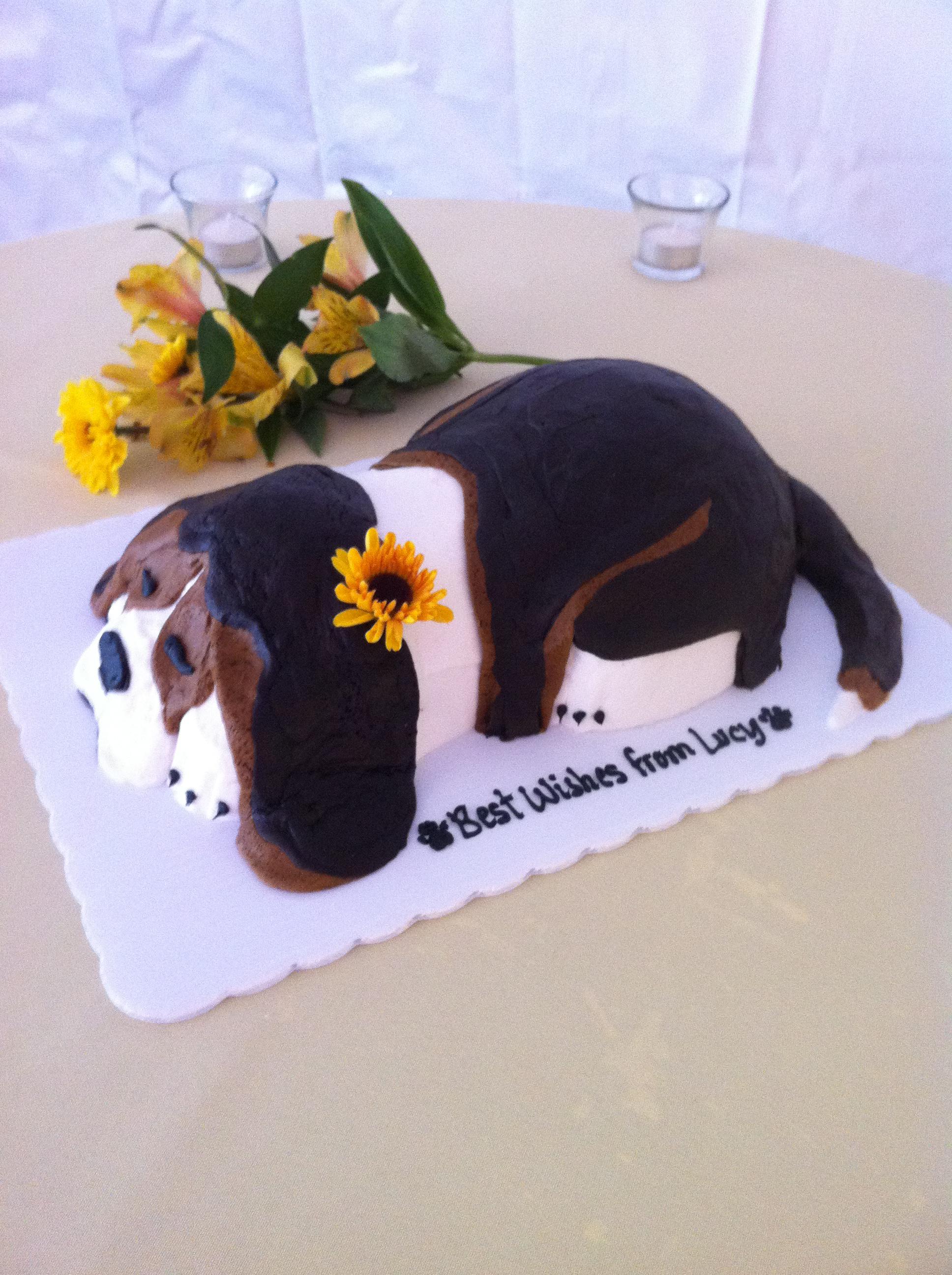Beagle Shaped Cake