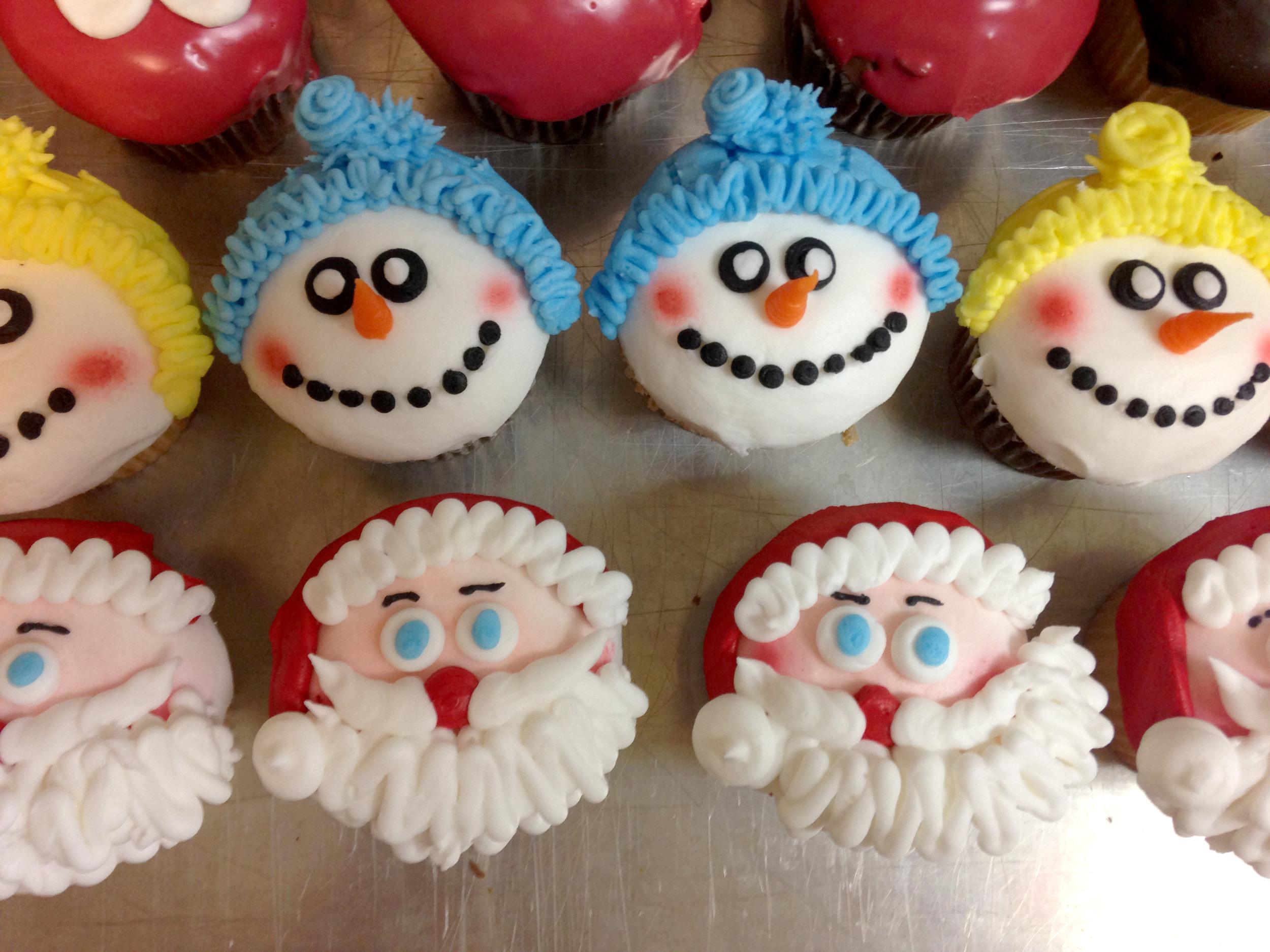Snowmen and Santa Cupcakes
