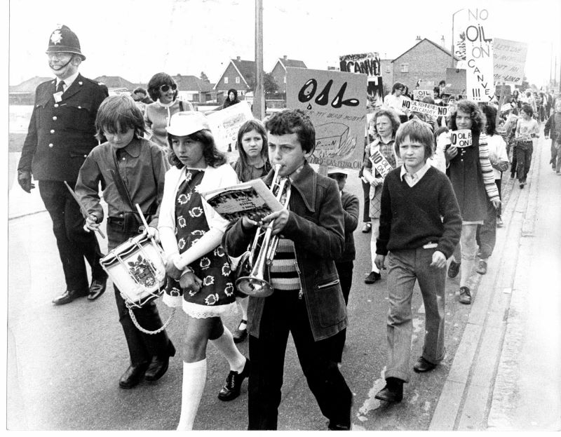 People Power, Canvey residents march in protest. (Echo Newsapers).jpg