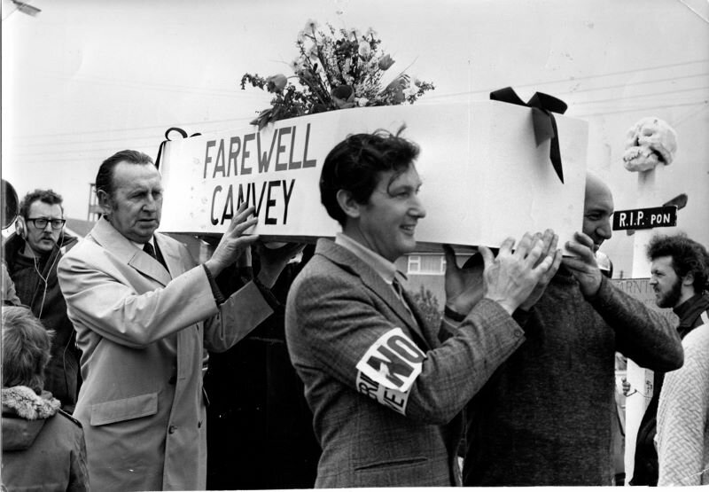 Canvey protest (Echo newspaper).jpg