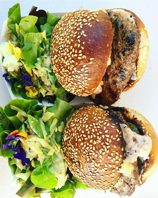 Come out this Thursday to @greensgrow's Twilight Market from 5-8pm for #beefbabesphl 100% grass-fed beef on a @lostbreadco seeded milk bun, plus @lancasterfarmfresh maitakes, marinated OG tofu, raw Amish cheddar, psychedelic sauce, @foodandferments Kombucha and Ricky's veggies from the farm! See you there 😎