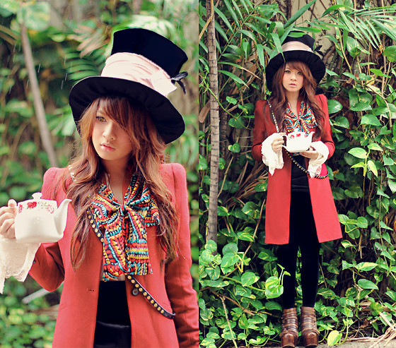 1683302_Mad as hatter.jpg