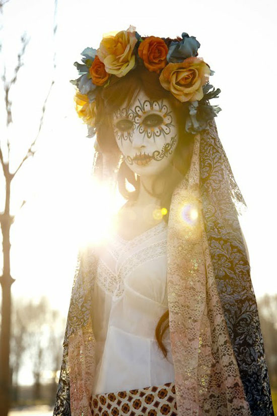 Best-Scary-Yet-Amazing-Halloween-Costumes-2012-For-Teen-Girls-Women-6.jpg