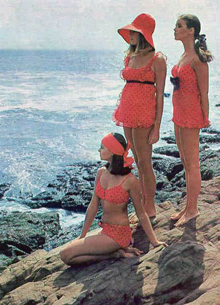 1960s-bathing-suits--large-msg-137046923901.jpg