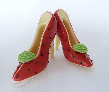normal_small-chocolare-wedding-rose-shoe.jpg