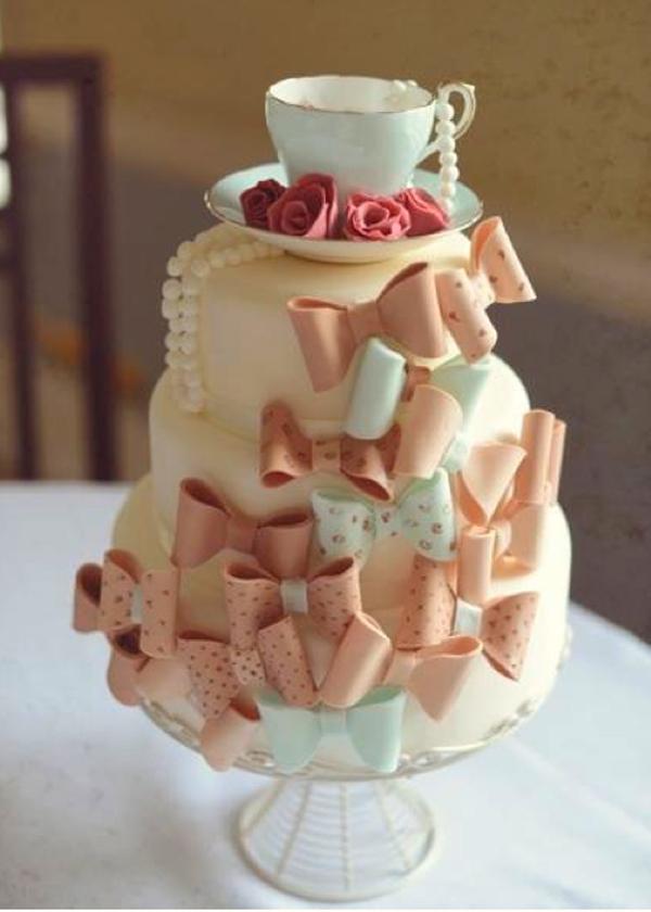 tea-cup-bow-cake.jpg