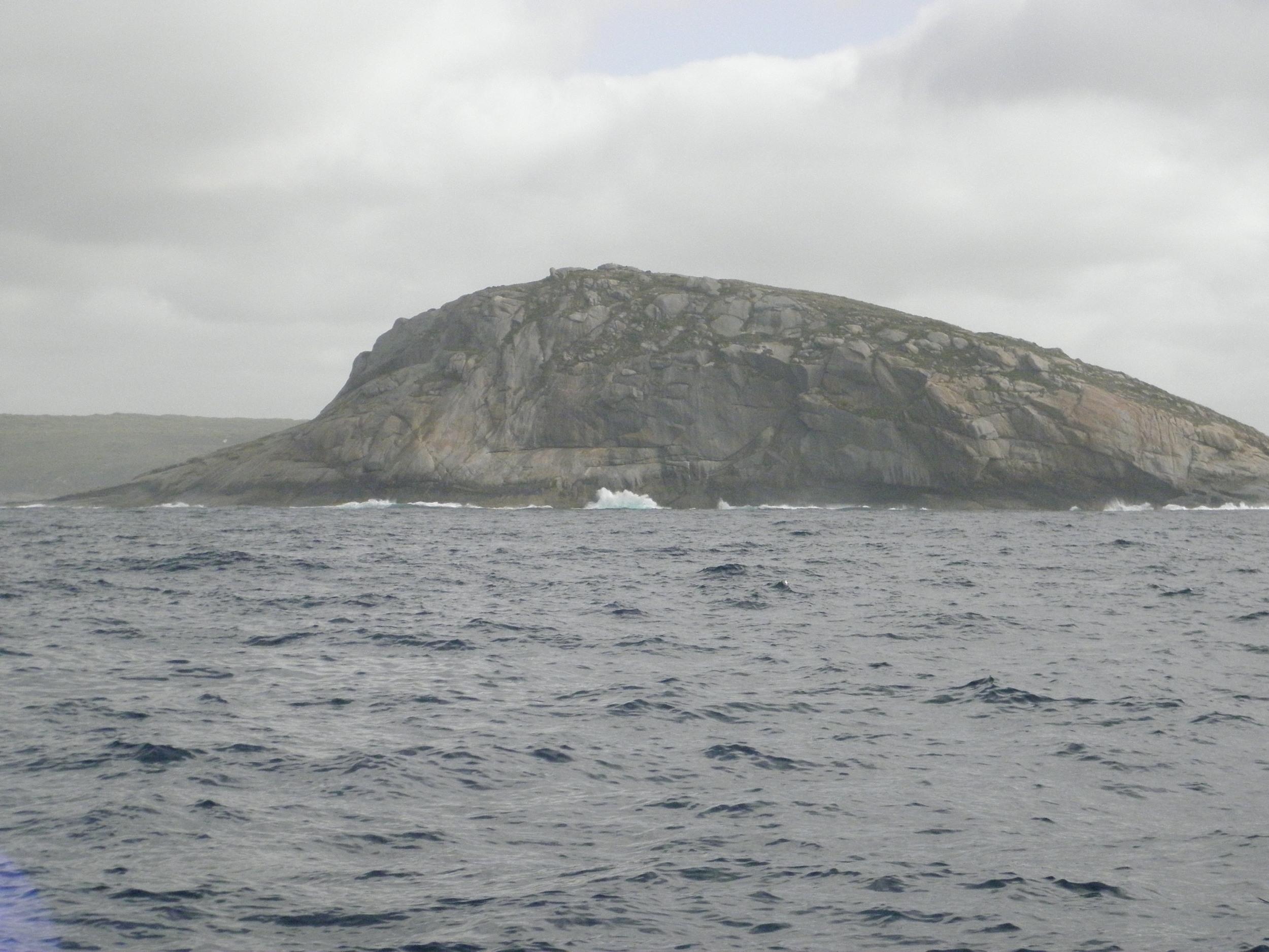 Rock Dundar, adjacenet to Michaelmas Island