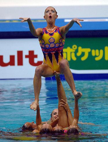 synchronised-swimming3.jpg