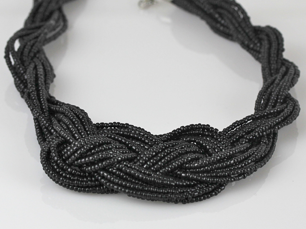 necklaces_5.jpg