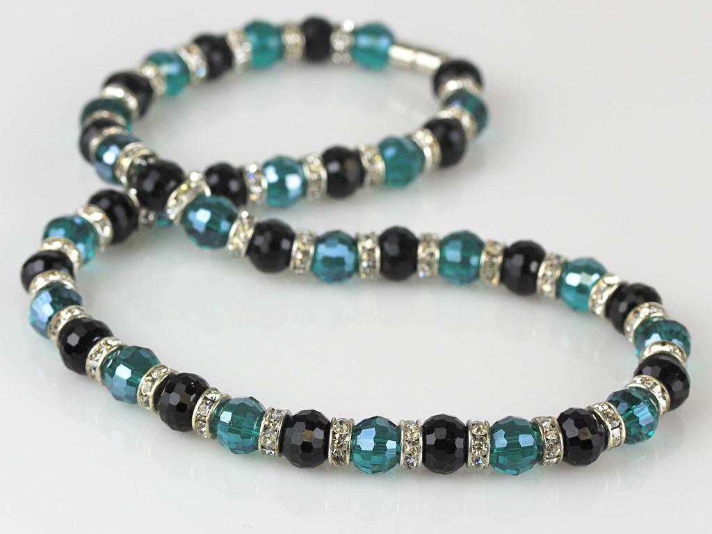 necklaces_4.jpg