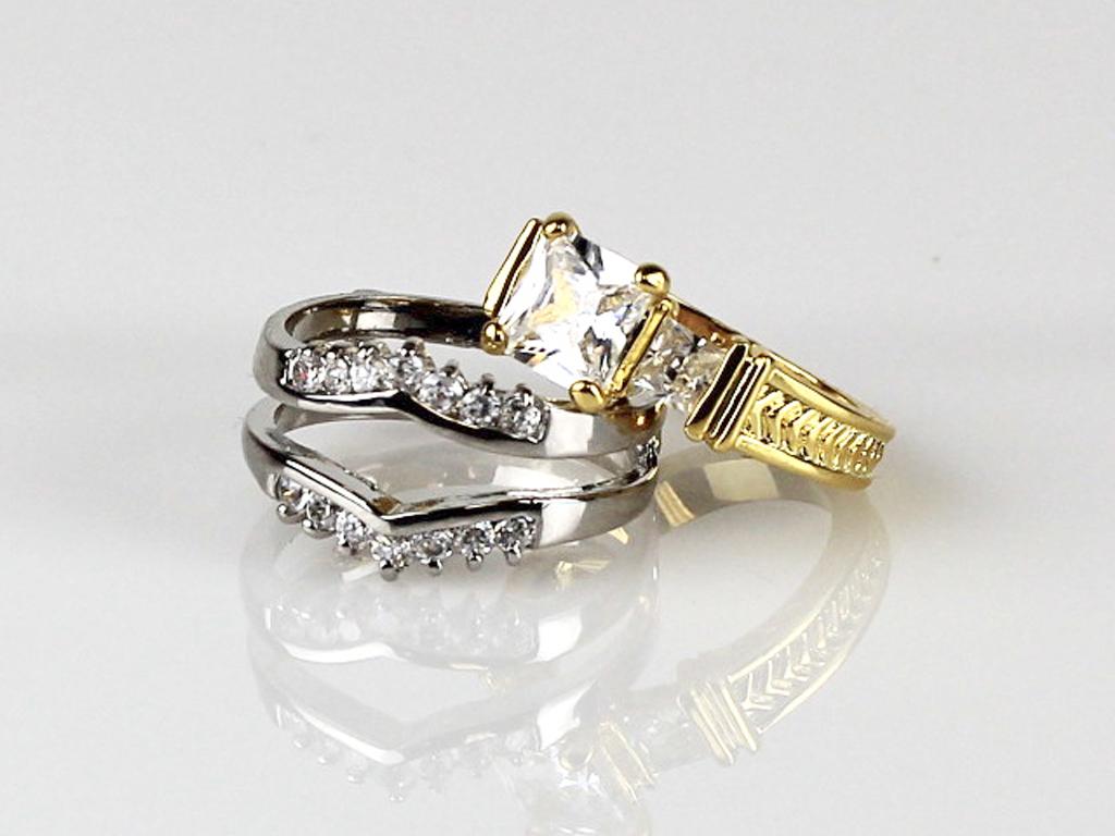 rings_women_2.jpg
