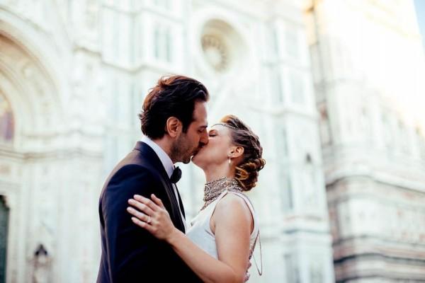 Florence-Italy-Elopement-at-Torre-di-Bellosguardo-Hotel-Gattotigre-Videographers-23-600x400.jpg