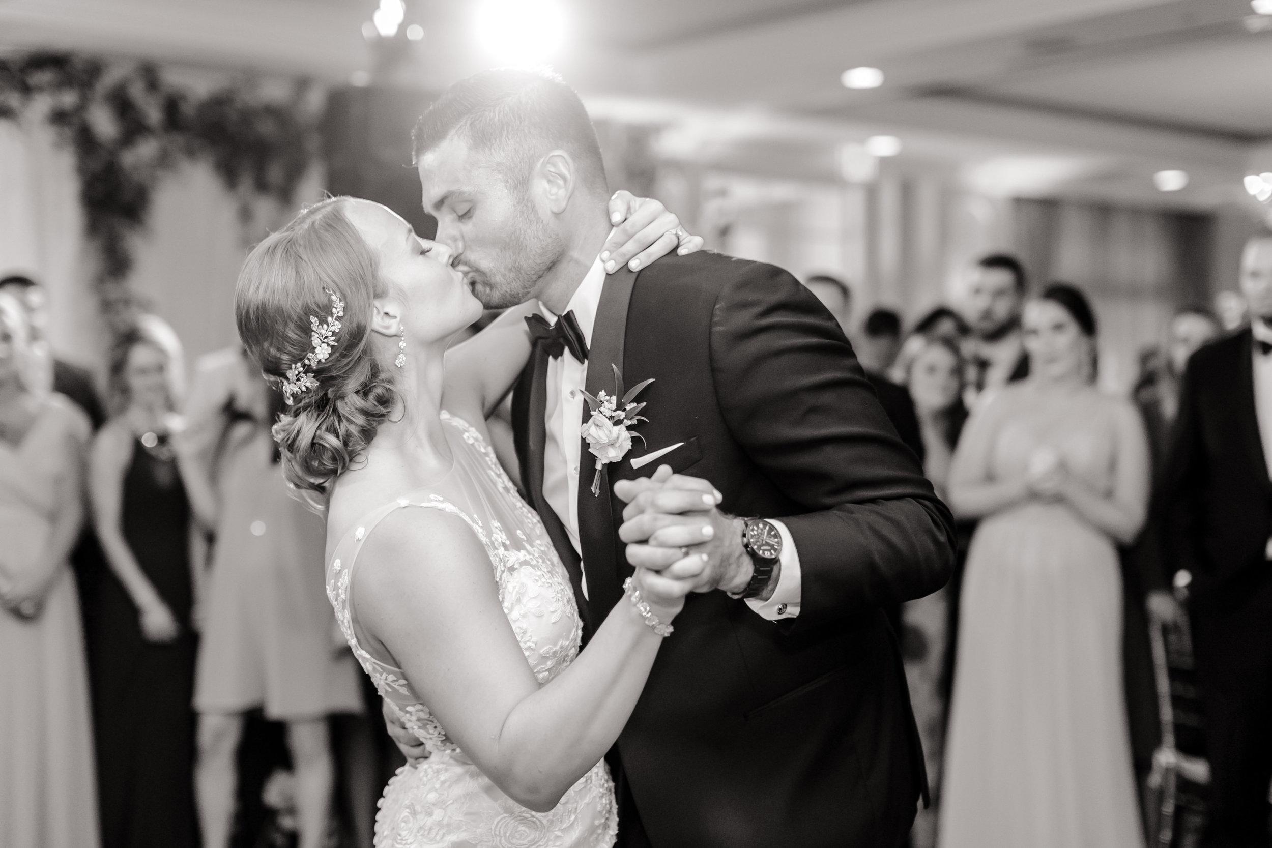 Love&LightPhotographs_Jennifer&Mark_Wedding_Preview-31.jpg