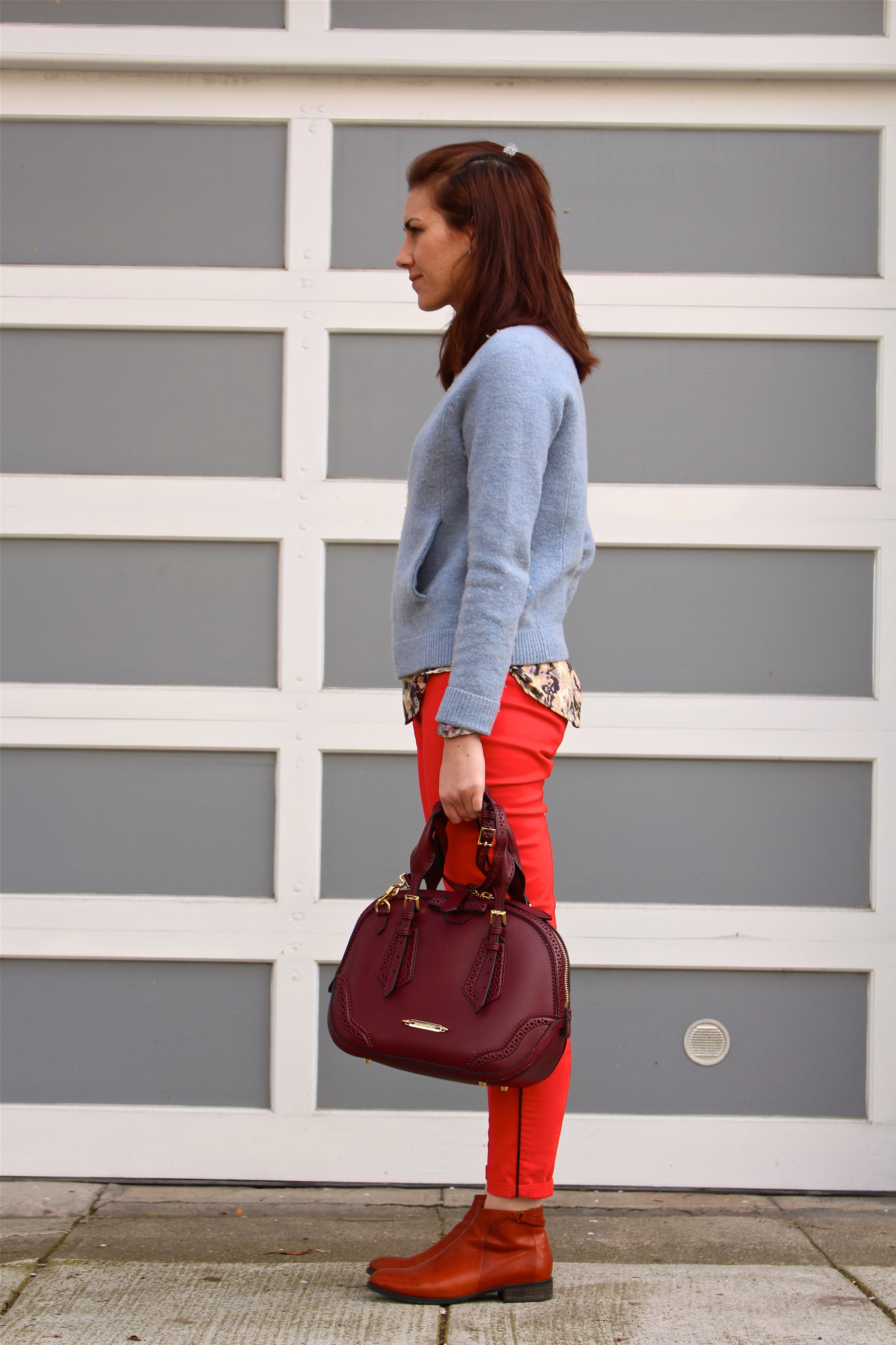 Pants: Gap; Shirt: UK Style by French Connection, Sears; Sweater Jacket: J.Crew; Boots: Coclico, Gilt; Bag: Burberry; Necklace: Vintage