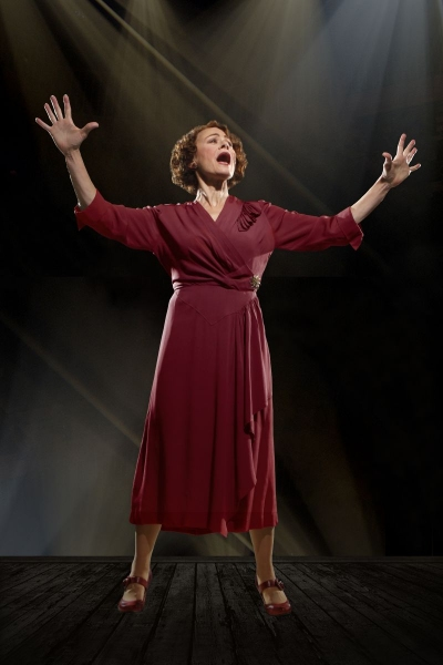 Louise Pitre as Rose