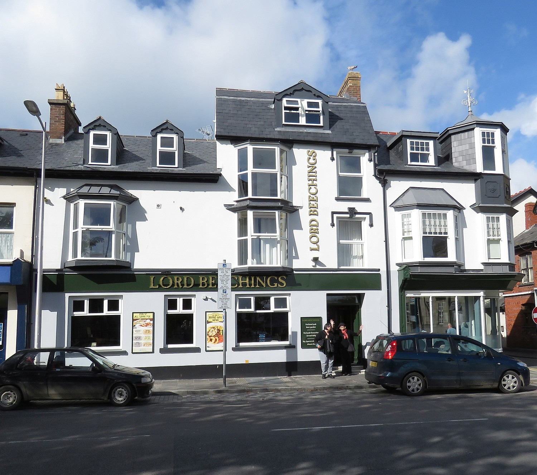 Lord Beechings Pub in Aberysryth