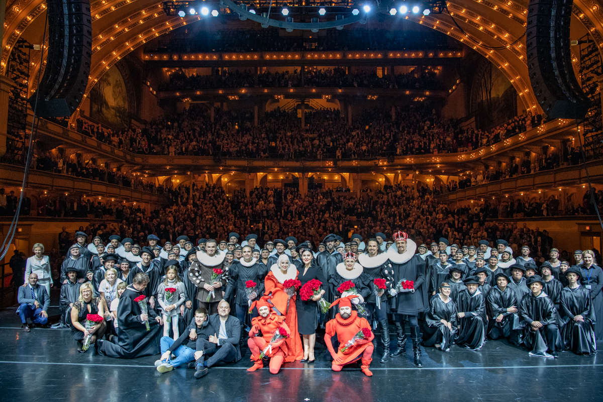 The ensemble and the audience at the Auditorium Theater
