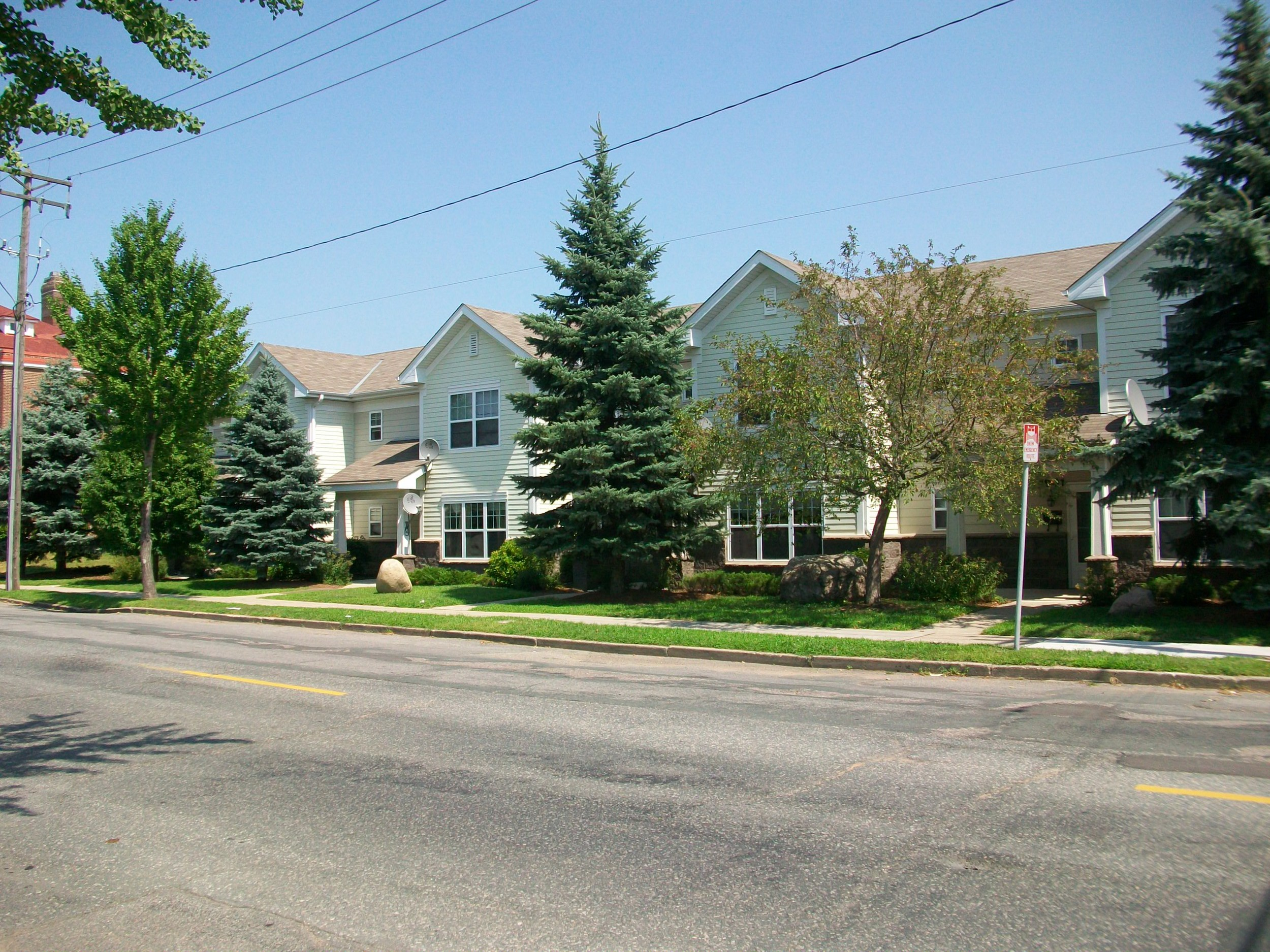 Bottineau Lofts Townhomes