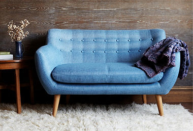 One Kings Lanehas sort of been on fire lately. Today they have a pretty incredible line up of Scandinavian furniture for really great prices. Surprisingly a good . .  READ MORE
