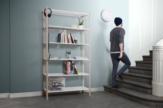 I  'm loving the simplicity and beauty of this shelving system from German designers  Loeser Bettels  . As always, the devil (and brilliance) is in the details.