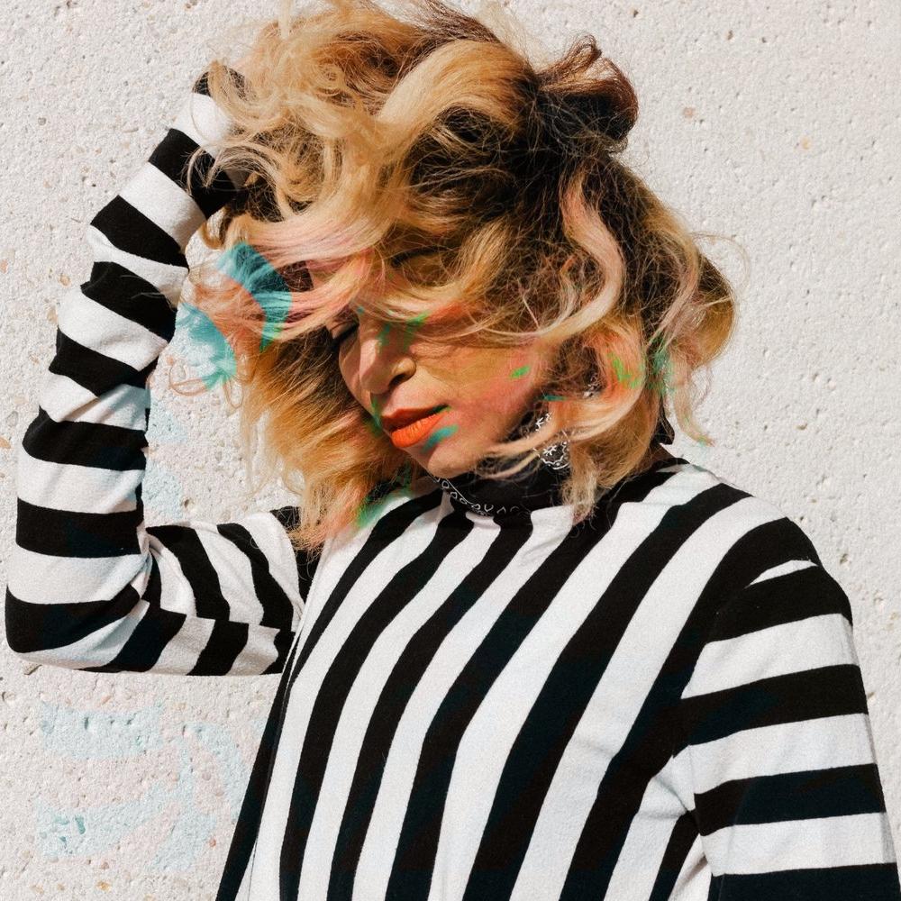 Shelly F George - Designer. Stylist. Model. Social Media