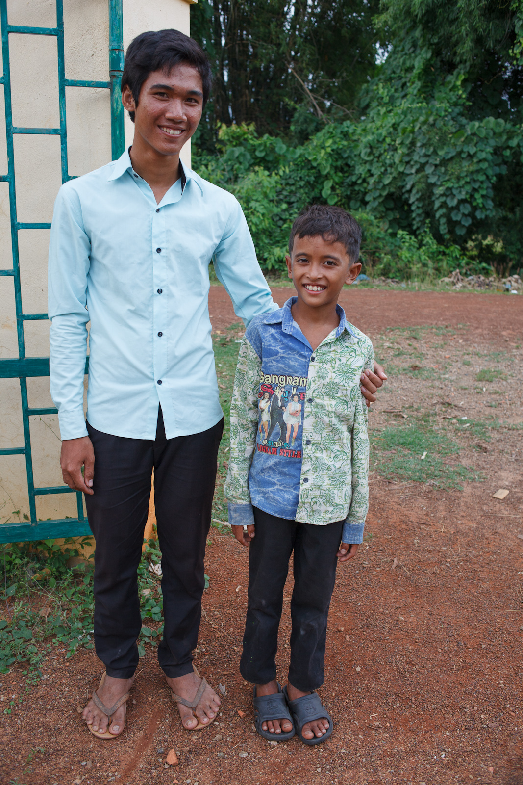 A little brother with his new Alongsider mentor