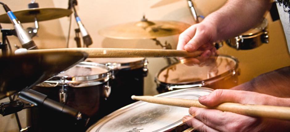 drum lessons.jpg