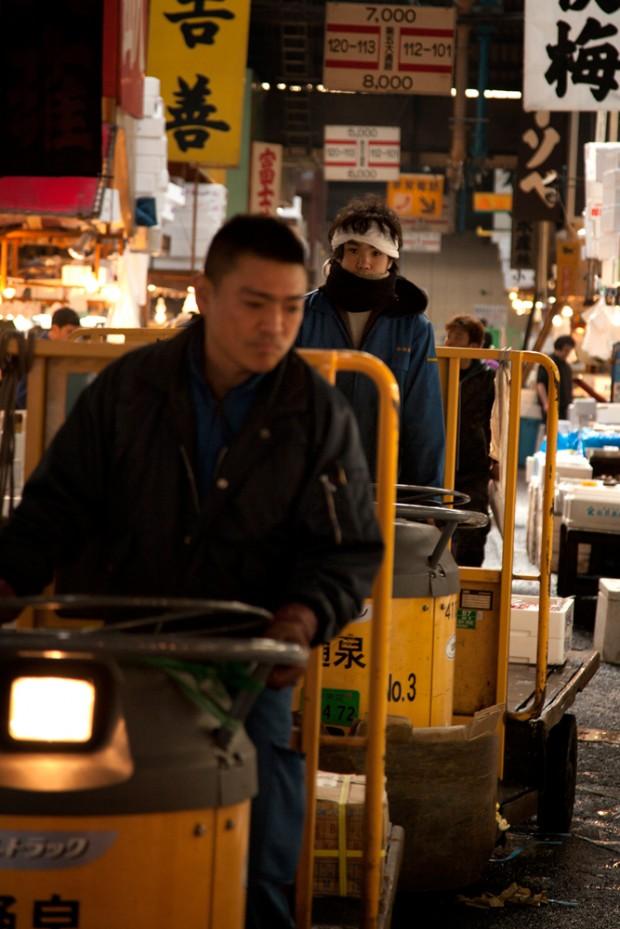 tsukiji_21-620x929.jpg