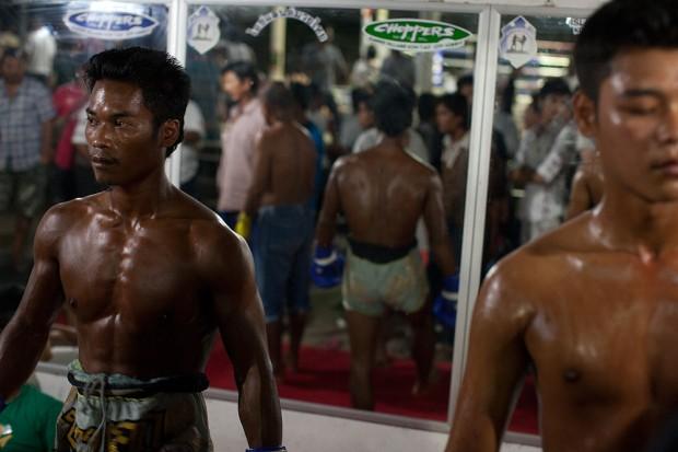 muay_thai_boxing_05-620x413.jpg