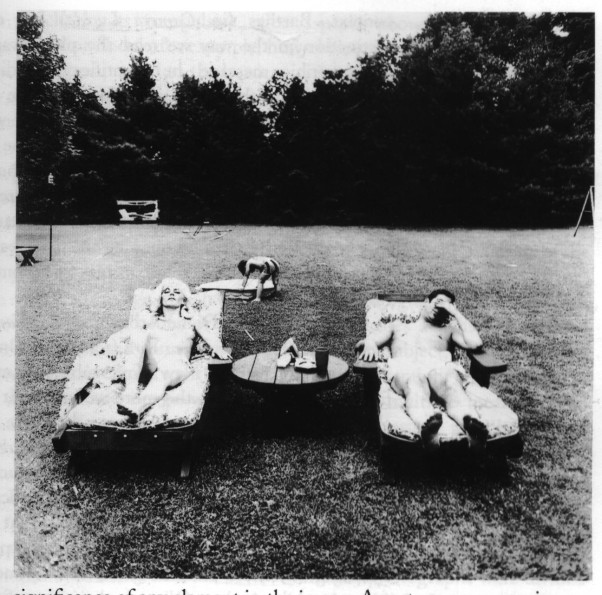 diane-arbus-a-family-on-their-lawn-one-sunday-in-westchester-new-york-1969-602x595.jpg